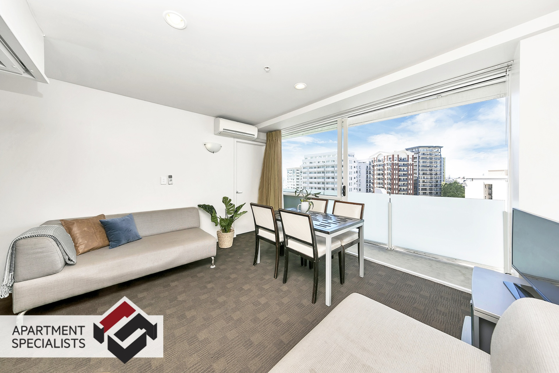 14 | 10 Waterloo Quadrant, City Centre | Apartment Specialists