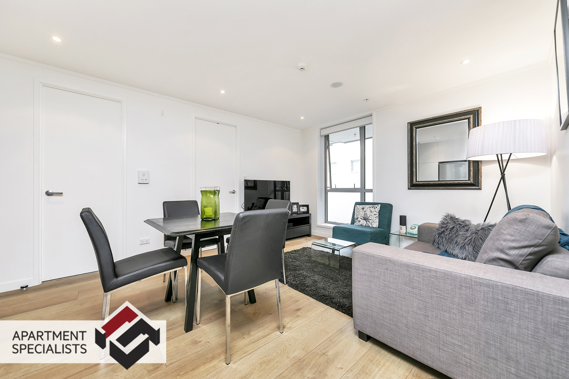 2 | 27 Union Street, City Centre | Apartment Specialists