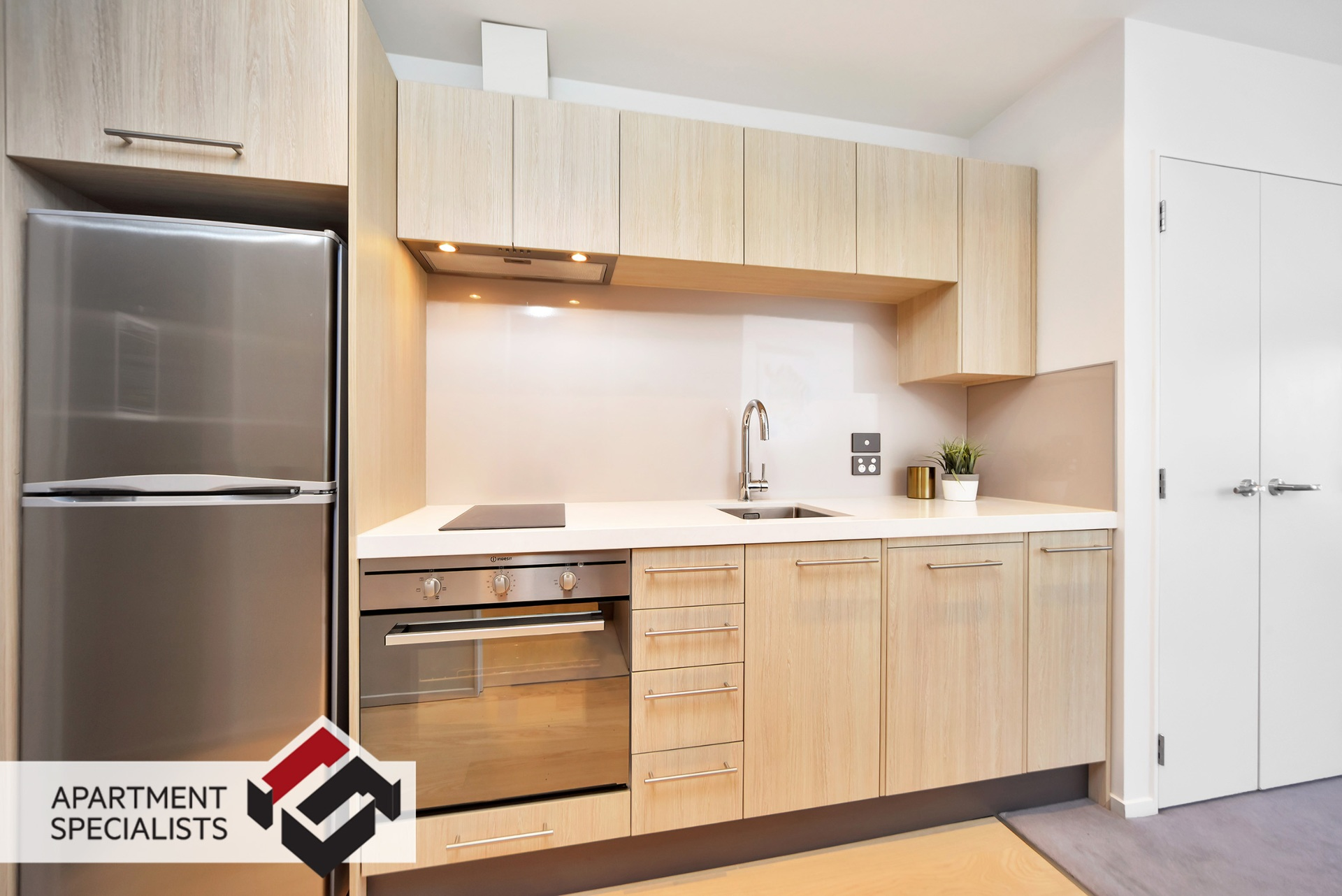 2 | 5 Howe Street, City Centre | Apartment Specialists