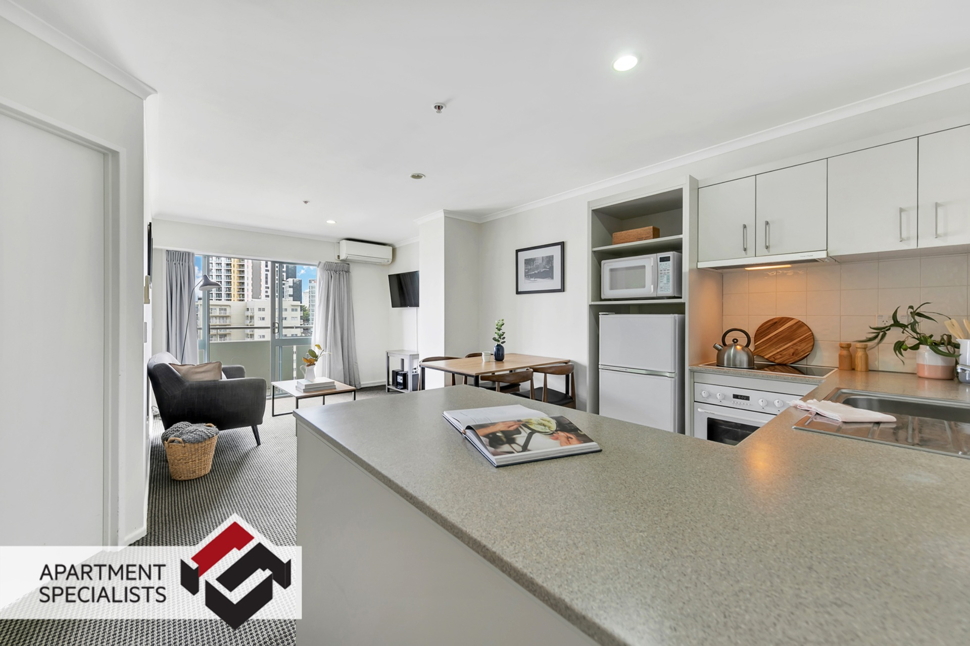 2 | 363 Queen Street, City Centre | Apartment Specialists