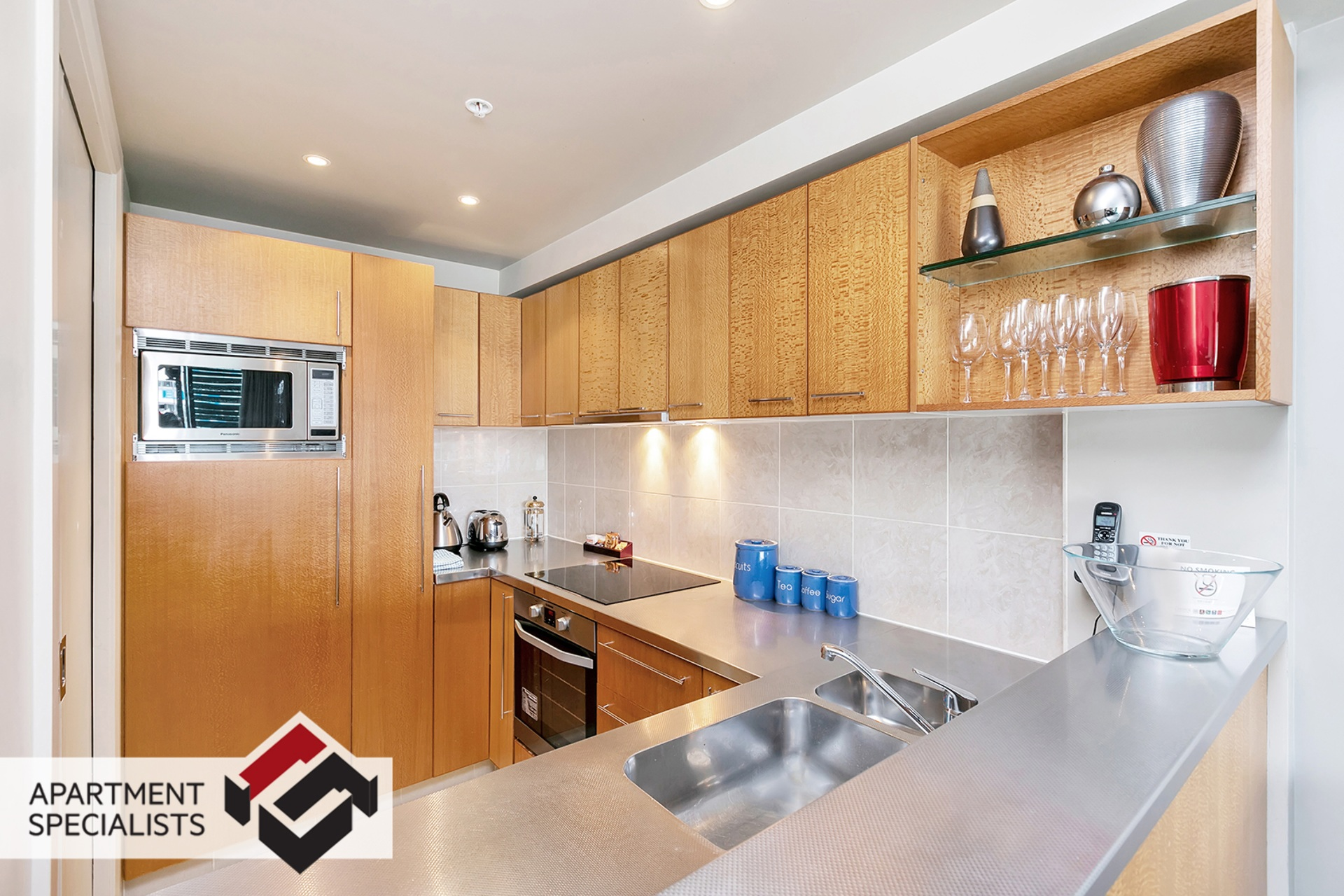 5 | 99 Customs Street West, City Centre | Apartment Specialists