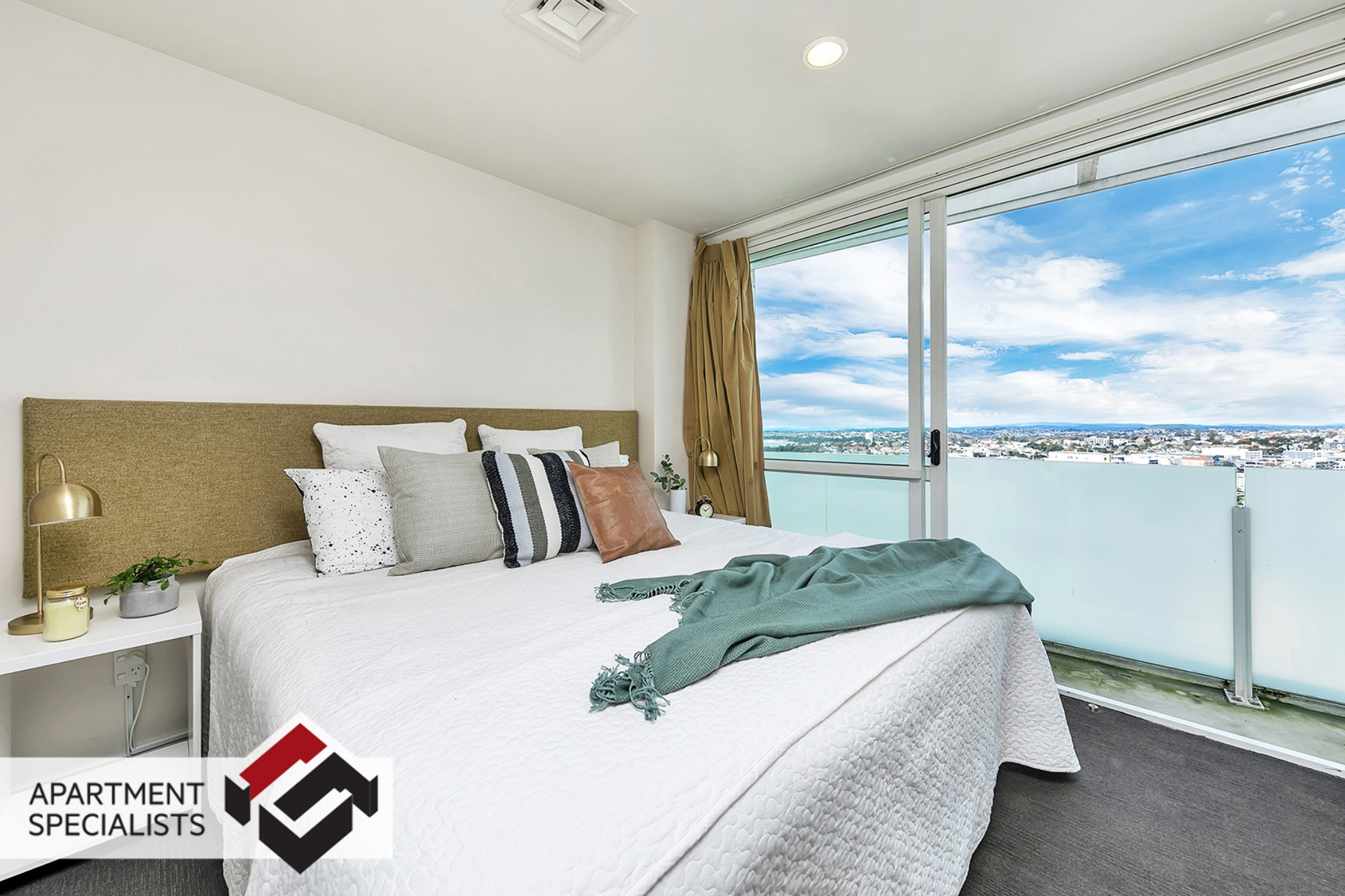 0 | 10 Waterloo Quadrant, City Centre | Apartment Specialists