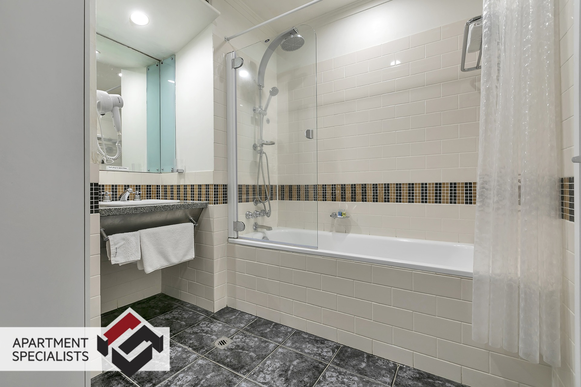 1 | 35 Hobson Street, City Centre | Apartment Specialists