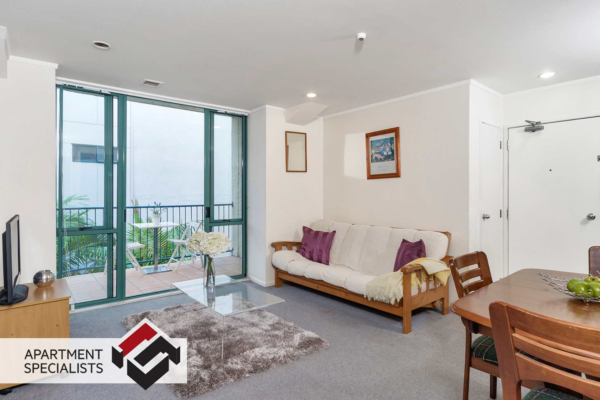 1 | 71 Lorne Street, City Centre | Apartment Specialists
