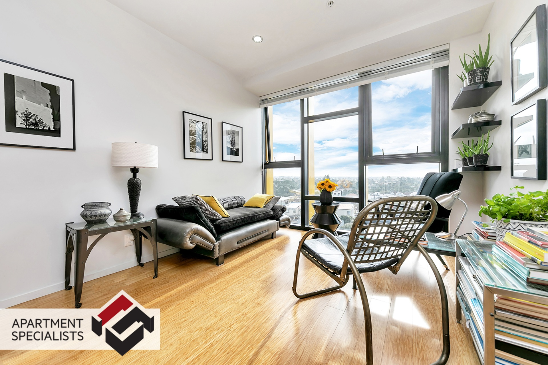 2 | 20 McCrae Way, New Lynn | Apartment Specialists