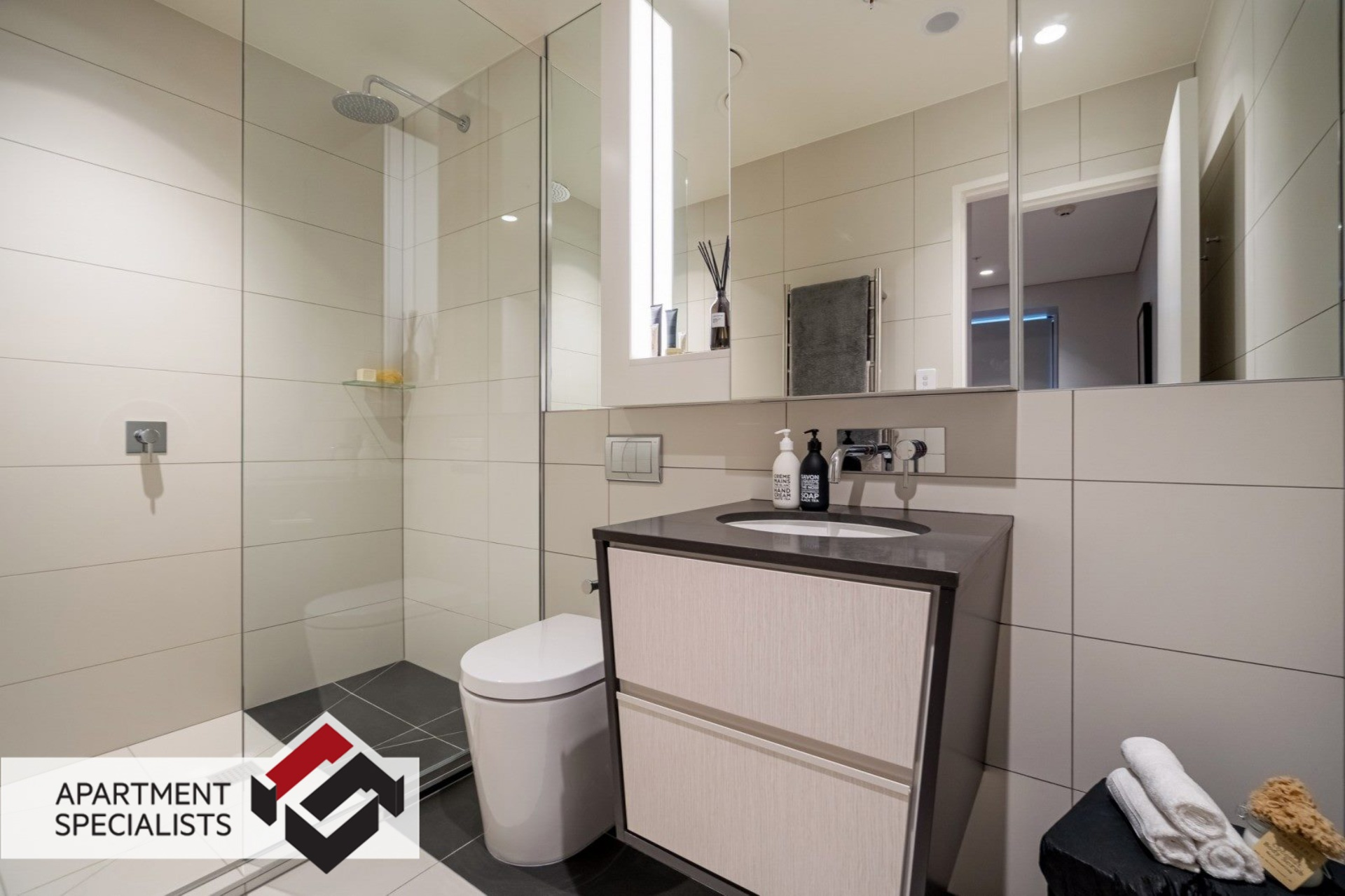 8 | 70 Sales Street, City Centre | Apartment Specialists