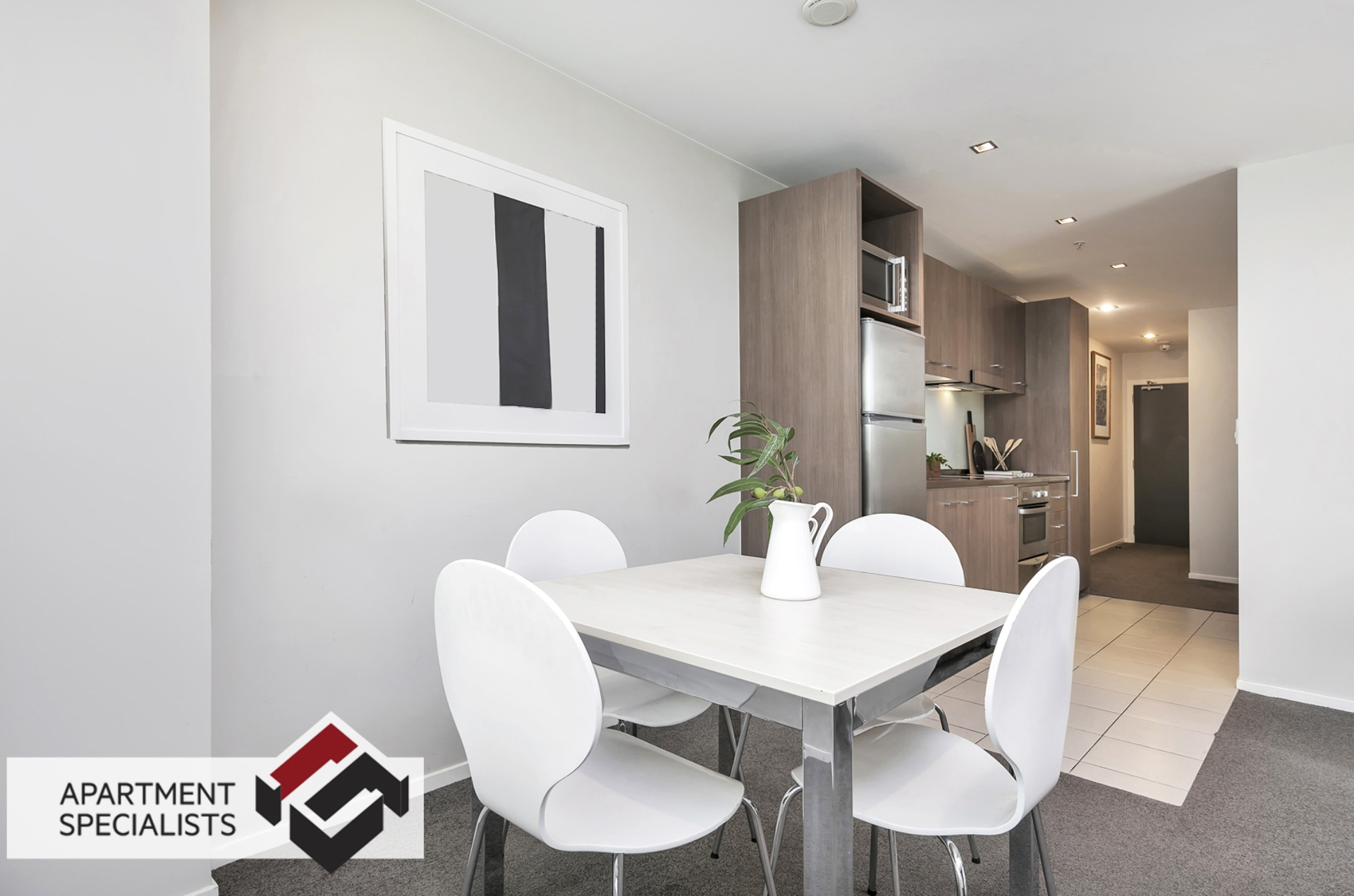 1 | 85 Beach Road, City Centre | Apartment Specialists