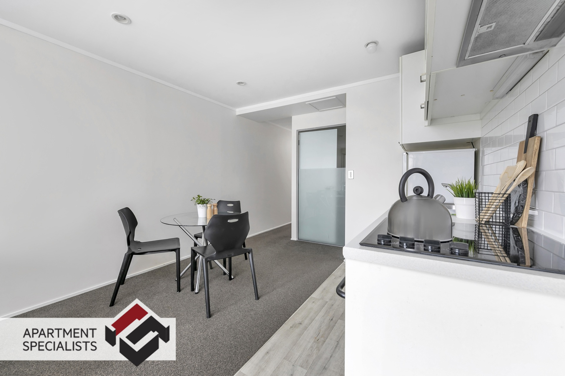 1 | 53 Cook Street, City Centre | Apartment Specialists